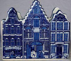 Vtg Delft Blue Handpainted Napkin Holder City Buildings Country Kitchen Bakery