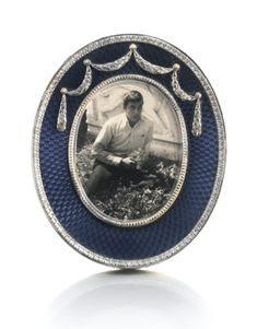 A Fabergé silver and enamel frame, workmaster Michael Perchin, St Petersburg, circa 1895   Lot   Sotheby's