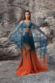 Wish i could wear dresses like this everyday. Beautiful Gowns, Beautiful Outfits, Pretty Outfits, Pretty Dresses, Fantasy Dress, Mode Outfits, Dream Dress, Costume Design, Evening Gowns
