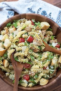 These Easy Pasta Salad Recipes Are Perfect for Summer Potlucks 59 Summer Pasta Salad Recipes – Easy Ideas for Cold Pasta Salad Picnic Salad Recipes, Chicken Pasta Salad Recipes, Chicken Caesar Pasta Salad, Easy Pasta Salad Recipe, Healthy Salad Recipes, Caesar Salad, Chicken Ceasar, Summer Pasta Salad, Cold Pasta