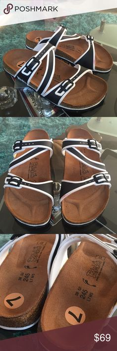 Birki's  Sandals New without box black and white Birki's size 7 Birkenstock Shoes Sandals