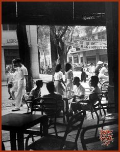 [Photos] Mac Thi Buoi's Black-and-White Past - Saigoneer Saigon Vietnam, South Vietnam, Vietnam War, Michael Morris, Asia City, Mystical Animals, Vietnam History, French Colonial