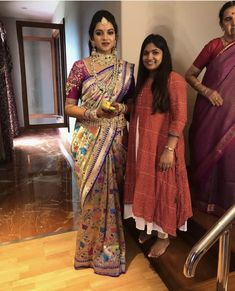 Ideas For Blouse Designs Indian Bridal Paithani Trendy Sarees, Fancy Sarees, South Indian Bride, Indian Bridal, Indian Dresses, Indian Outfits, Indian Clothes, Gold Silk Saree, Half Saree Function