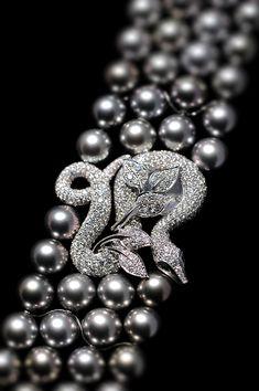 Boucheron. Perles de Tahiti et diamants