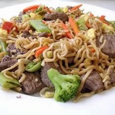 Chinese Fried Noodles - This is a quick, easy, and delicious recipe that all will enjoy. Try adding cooked, cubed pork or chicken, bean sprouts, water chestnuts, sliced almonds, or any of your favorite vegetables for versatility,,
