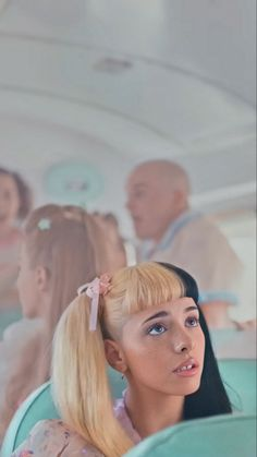 This is a scene of Wheels on The Bus from her movie, K-12 💕 (CREDITS: @melscrystals on Instagram) Cry Baby, Melanie Martinez Drawings, Crybaby Melanie Martinez, Wheels On The Bus, Indie, Pink Aesthetic, Billie Eilish, Cute Wallpapers, Celebrity Crush