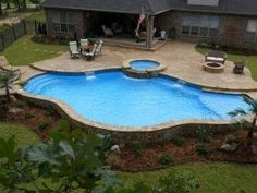 Having a pool sounds awesome especially if you are working with the best backyard pool landscaping ideas there is. How you design a proper backyard with a pool matters. Sloped Backyard, Small Backyard Patio, Backyard Pool Landscaping, Backyard Patio Designs, Swimming Pools Backyard, Swimming Pool Designs, Outdoor Pool, Lap Pools, Indoor Pools