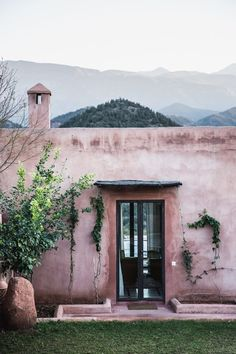 marrakech morocco guide by Local Milk Exterior Paint, Exterior Design, Interior And Exterior, Pintura Exterior, Marrakech Morocco, Pink Houses, Slow Living, Porches, Places To Go
