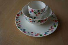 Newborn tableware: flowers