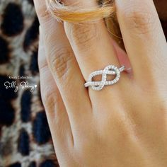 Love Knot Ring, 0.35 CT Diamond Ring, Unique Gold Infinity Ring, Gold Rings for Women, Art Deco Ring, Cluster Ring.