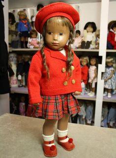 Sasha Studio doll, full gysum CII from 1946/47.Stamped Sasha mark to her foot.
