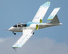 Electric Planes to serve Training Markets: The New Era of Aviation [Electric Airplanes: http://futuristicnews.com/tag/electric-aircraft/ The Future of Aviation: http://futuristicnews.com/tag/aircraft/]
