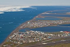 For some bizarre reason, I feel the need to visit Barrow, Alaska for a week. The farthest north city in USA.