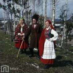 Muzeum Miejskie – Tychy | Strój świętokrzyski Folk Costume, Costumes, Folklore, Poland, Regional, Europe, Dress Up Clothes, Fancy Dress, Costume