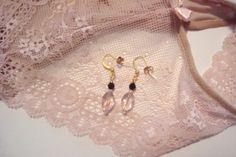 Art Deco Glass Earrings $3.00 #Valentine