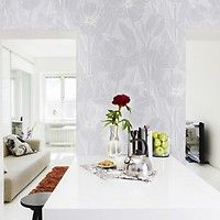 This gorgeous large-scale floral wallpaper is big but subtle in neutral grey tones. Home Office, Wallpaper Collection, Sweet Home, Wallpaper Calculator, Grey Wallpaper, White Light, Oversized Mirror, Master Bedroom, Beautiful