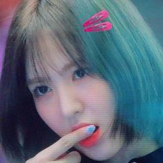I Love Girls, Cool Girl, Wendy Red Velvet, Strong Girls, Stay Strong, Girl Short Hair, Aesthetic Indie, Seulgi, Kpop Girls