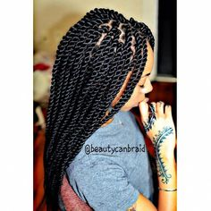 Simple, Chic and Bobbed - 20 Ideas for Bob Braids in Ultra Chic Hairstyles - The Trending Hairstyle Senegalese Twist Hairstyles, Twist Braid Hairstyles, Chic Hairstyles, Weave Hairstyles, Straight Hairstyles, Fashion Hairstyles, Senegalese Twist Braids, Twist Styles, Braid Styles