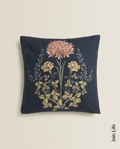 Cushion cover with a floral print. Cushion filling not included. JOIN LIFE Care for fiber: at least recycled cotton. Zara Home España, Printed Cushions, Cushion Filling, Recycled Fabric, Floral Prints, Tapestry, Throw Pillows, Cover, United Kingdom