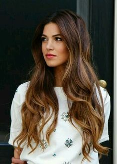 Color and length. Magical.                                                                                                                                                                                 Mais