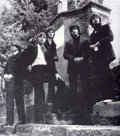 """Los Bravos (Spain) Hit : """"Black is black"""" 1967"""