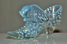 Vintage Fenton Art Glass Button Cat Head Shoe/Slipper