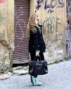 e91b4003f9ba5 Zara Coat, Balenciaga Bag, Converse Sneakers, Diesel Jeans, Ray Ban  Sunglasses
