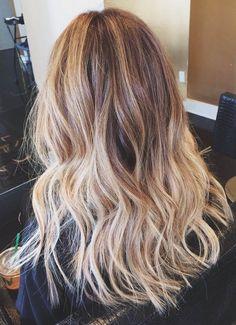A melhor forma de clarear seus cabelos                                                                                                                                                                                 Mais
