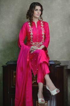 Luxury Pret Agha Noor Collection is the traditional party wear and wedding celebration wear dresses in traditional designs with golden and jeweled work embroidery that women loves to wear. Pakistani Wedding Outfits, Pakistani Dresses, Indian Dresses, Indian Outfits, Lehenga Wedding, Indian Attire, Indian Wear, Red Lehenga, Lehenga Choli