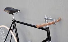 Bertelli • Biciclette Assemblate • New York City • Domenica }} wooooow!