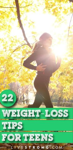 A lot of people think the keys to weight loss are eating less and exercising more, but losing weight and keeping it off requires a healthy nutrition and fitness plan. Here are 22 tips that you need to (Best Weight Venus Factor) Trying To Lose Weight, Diet Plans To Lose Weight, Losing Weight Tips, Weight Loss Plans, Fast Weight Loss, Weight Loss Program, Healthy Weight Loss, Weight Loss Tips, How To Lose Weight Fast