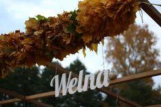 Свадебные приглашения: фото и идеи свадебных приглашений - Невеста.info Invitations, Fruit, Food, Invitation, Meals