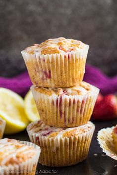 Deliciously moist muffins infused with lemon juice and zest loaded with strawberries and drizzled with a lemon glaze! Strawberry Muffin Recipes, Raspberry Muffins, Lemon Muffins, Strawberry Sweets, Coconut Bread Recipe, Frozen Strawberries, Raspberries, Spring Recipes, Dessert Recipes