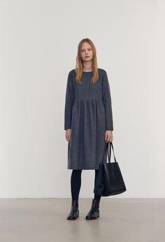 Samuji-fw16-winter-sadiq-dress-petite-grey-lookbook