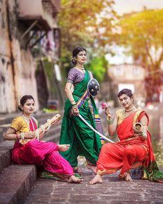 सर जह ह जसक शरण म.नमन ह उस म क चरण म (Saraswati - Durga - Laxmi ) . In frame : . Indian Photography, Film Photography, Street Photography, Beautiful Girl In India, Beautiful Girl Image, Best Portraits, Creative Portraits, Marathi Bride, Marathi Saree