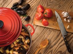 Le Creuset- 6 3/4 qt. Oval French Oven >> I may have to just buy a Le Creuset in the near future!