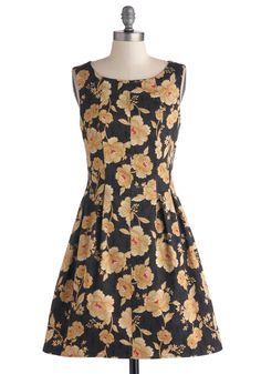 Zen Garden Gala Dress   Mod Retro Vintage Dresses   ModCloth.com...with my gold tights.  Waiting for my package!
