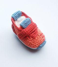 Zapatillas de bebé zapatos de bebé del ganchillo por KrissiCrochets