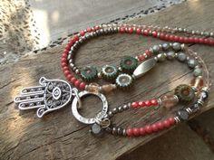 Sommerkette * Fatimas Hand * pastell koralle mint von Perlenzimmer auf DaWanda.com