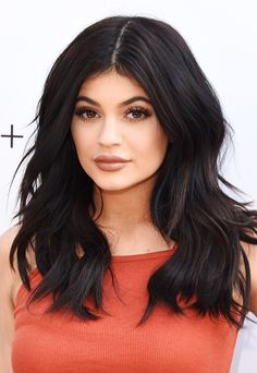 Kylie Jenner's voluminous waves, lush lashes, and neutral lips