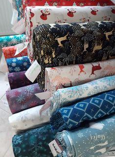 Vánoční vzory v teplákovině v opět v prodeji . SNĚHOVÉ VLOČKY . SNĚHULÁK, SOB a další .....