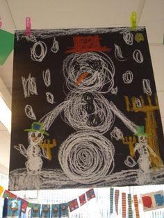 Have kids use chalk on black construction paper to make snowman/snowy scene Winter Art, Winter Theme, Christmas Art, Winter Christmas, School Holiday Party, Snowflakes Art, Eskimo, Black Construction Paper, Snowmen At Night