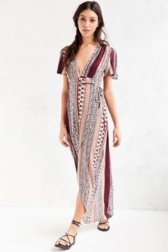 Ecote Engineered Print Flutter-Sleeve Maxi Dress - Urban Outfitters