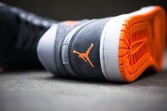 """Air Jordan 1 Mid """"Wolf Grey & Atomic Orange"""" (Detailed Photos)"""