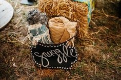 Outdoor fall wedding ceremony idea - blankets for guests {Apaige Photography}