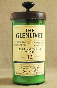 Glenlivet 12yr candle - homemade candles in liquor & wine bottles - the one burning in my kitchen has a heavenly scent!