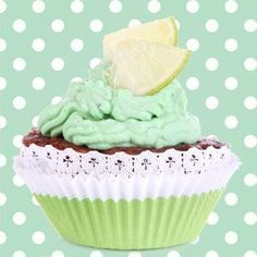Frosted Lime Cupcake fragrance oil from Nature's Garden is a very strong aroma that smells lime cupcakes. Get this bakery scent at wholesale prices. Wholesale Fragrance Oils, Lime Cupcakes, Room Scents, Aroma Beads, Bath Gel, Vanilla Icing, Soap Making Supplies, Candlemaking, Cold Process Soap