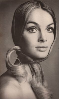 Jean Shrimpton by Richard Avedon. Vogue, February, 1969.