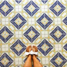 Amazing pic by @chiara_silly tagging #ihavethisthingwithtiles  _____________________________________________  #fwisfeed #feet #maioliche #lookyfeets #lookdown #selfeet #fwis #fromwhereyoustand #viewfromthetop #ihavethisthingwithfloors #viewfromthetopp #happyfeet #picoftheday #photooftheday #amazingfloorsandwanderingfeet #vsco #all_shots #lookingdown #fromwhereonestand #fromwherewestand #travellingfeet #fromwhereistand #tiles #tileaddiction #tilecrush #floor #vscocam #instatiles