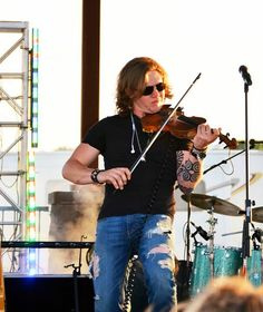 Eric Dysart from the band Backroad Anthem